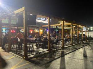 outdoor dining Schiller Park